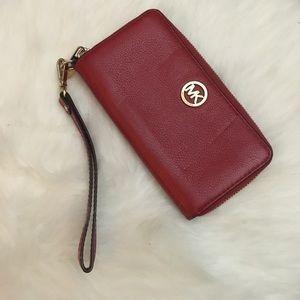 Michael Kors Wristlet Wallet in Red